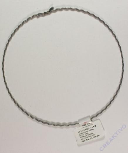 Metallring 15cm aus gewelltem Flachdraht