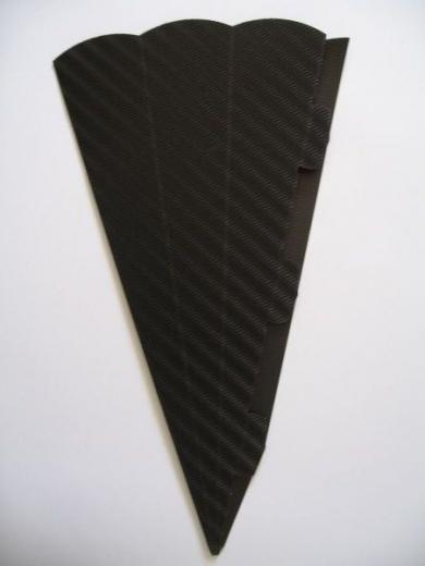 Schultüte aus 3D Wellkarton 69cm schwarz