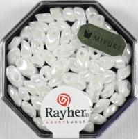 Magatama Perlen 4x7mm opak gelüstert weiß