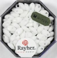 Magatama Perlen 4x7mm opak weiß